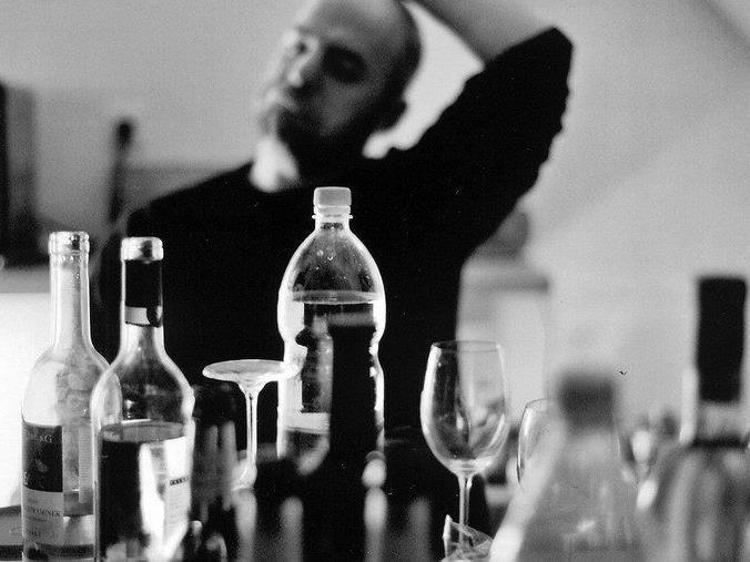 """Zitat Wilfried Blum: """"Die Aktion Trocken ist auch heute noch ein Garant dafür, auf angebotene alkoholische Getränke verzichten zu können, ohne als unhöflich zu gelten."""""""