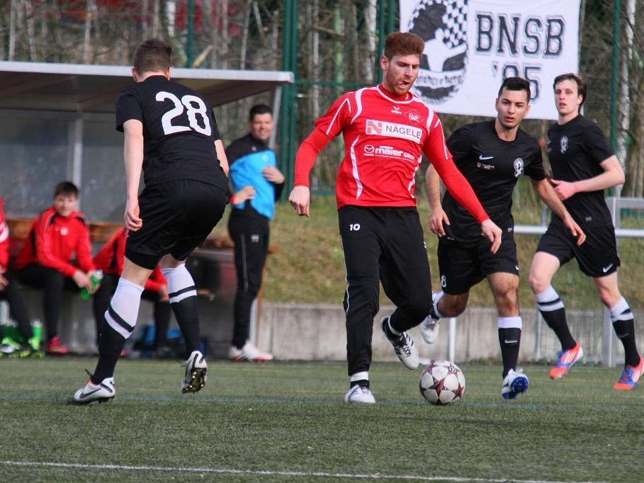 RW Rankweil unterlag beim Regionalligaklub FC Hard unglücklich mit 3:4, aber zeigte eine starke Leistung.