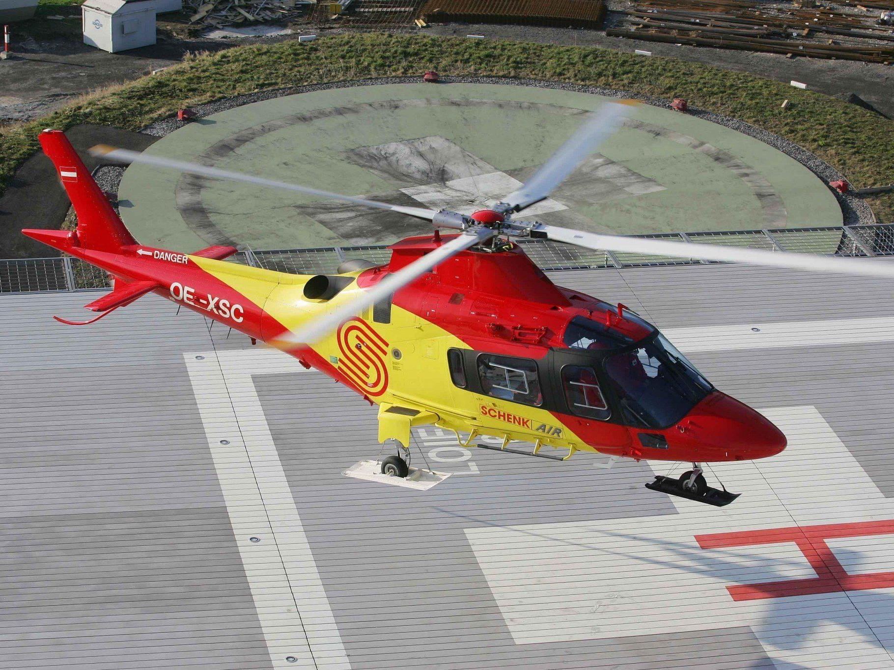 Die Frau musste mit dem Hubschrauber ins LKH Feldkirch gebracht werden.