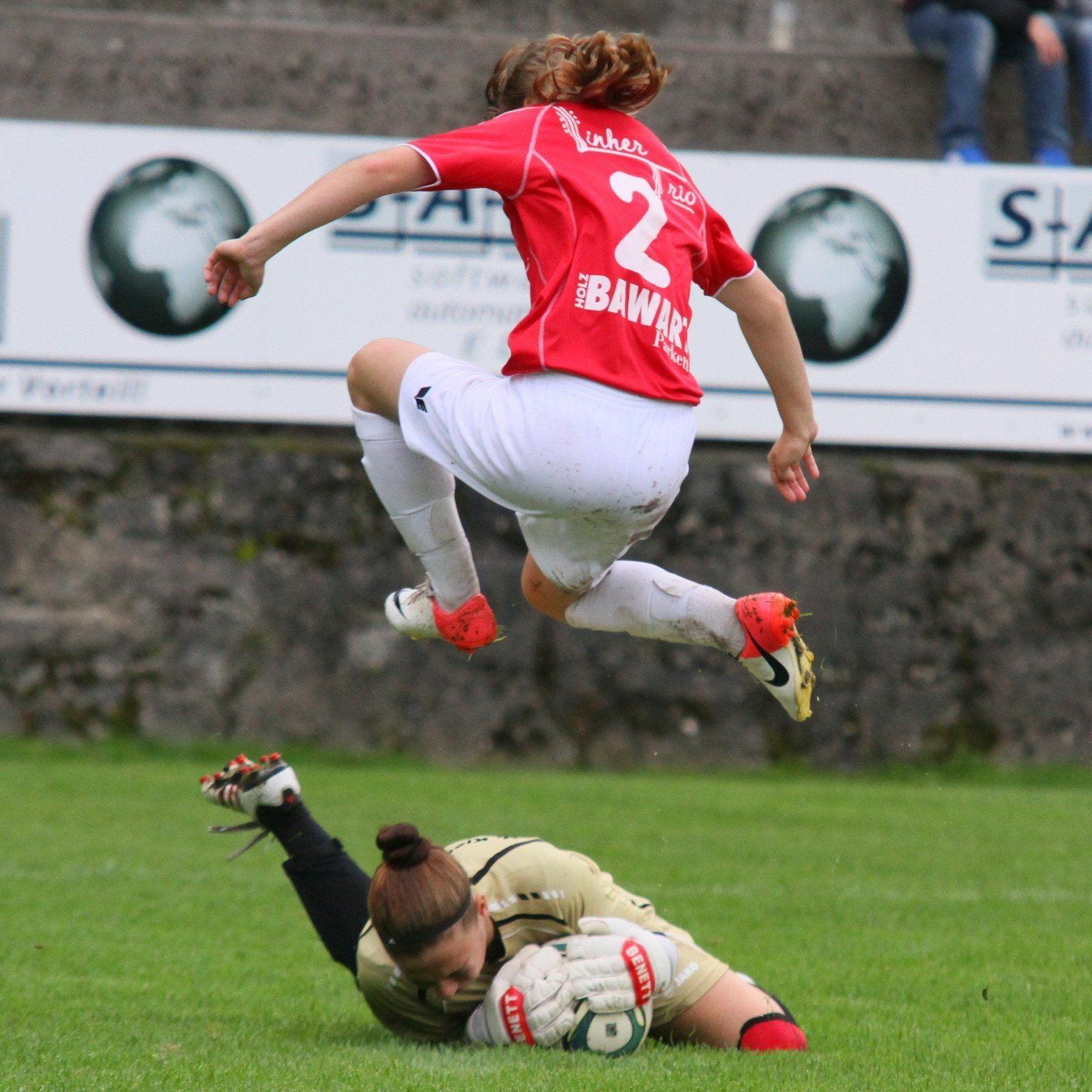 Rankweiler Ladies verloren das Spitzenspiel gegen Bergheim mit 1:2 und werden wieder nur Zweiter.