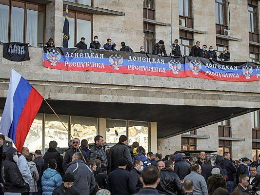Moskautreue Aktivisten geben den Ton an