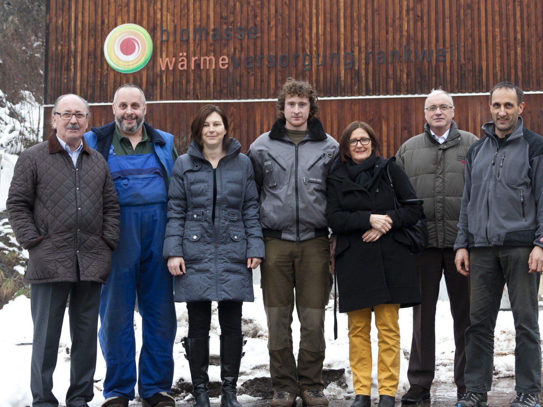 """Das Krisenmanagement-Projektteam (v.l.): Werner Abbrederis (Obmann), Karl Mathis (Fa. """"Ihr Installateur""""), Silvia Gantner (Arbeitsgruppenleitung), Arthur Heel (stv. Betriebsleiter), Heidi Vedder (Sekretärin), Reinhard Mathis (GF Biomasse Heizwerk Lech) und Bernhard Nöckl (GF Biomasse Heizwerk Rankweil)."""