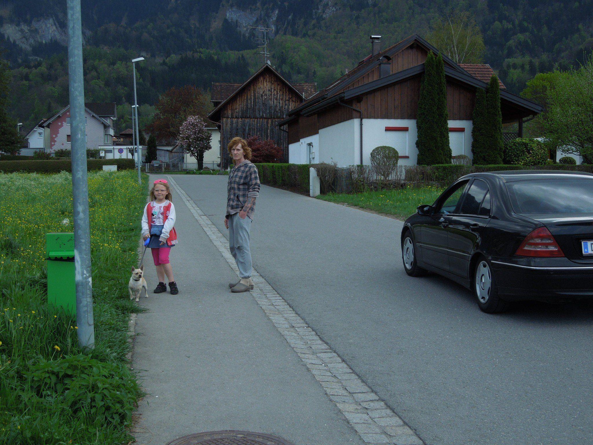 In der Kernstockstraße sind viele Kinder unterwegs und in letzter Zeit auch immer mehr Autos, beklagen die Anrainer.