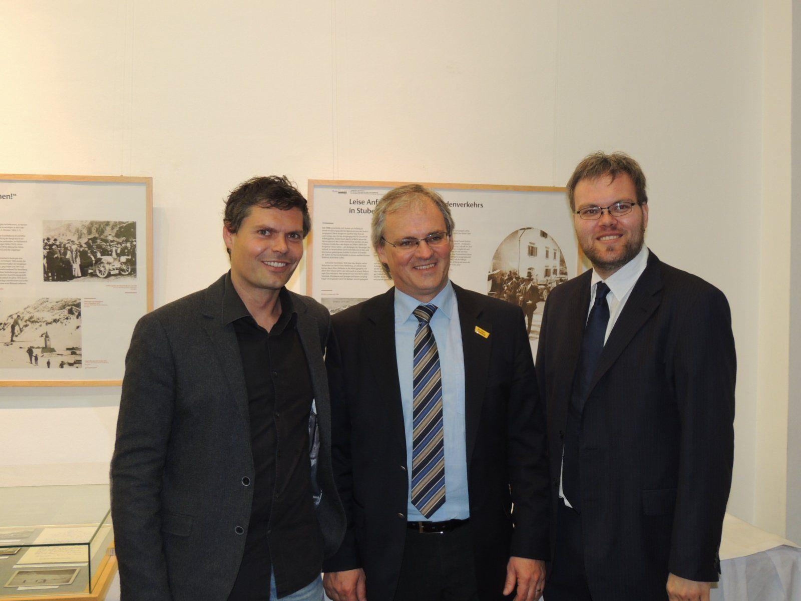 Archivar Oliver Heinzle, LR Sonderegger und Dr. Andreas Brugger