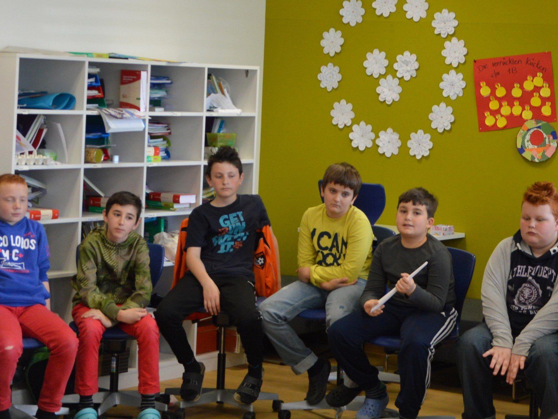 Projekttag der youngCaritas in der UNESCO Mittelschule begeisterte SchülerInnen und LehrerInnen.