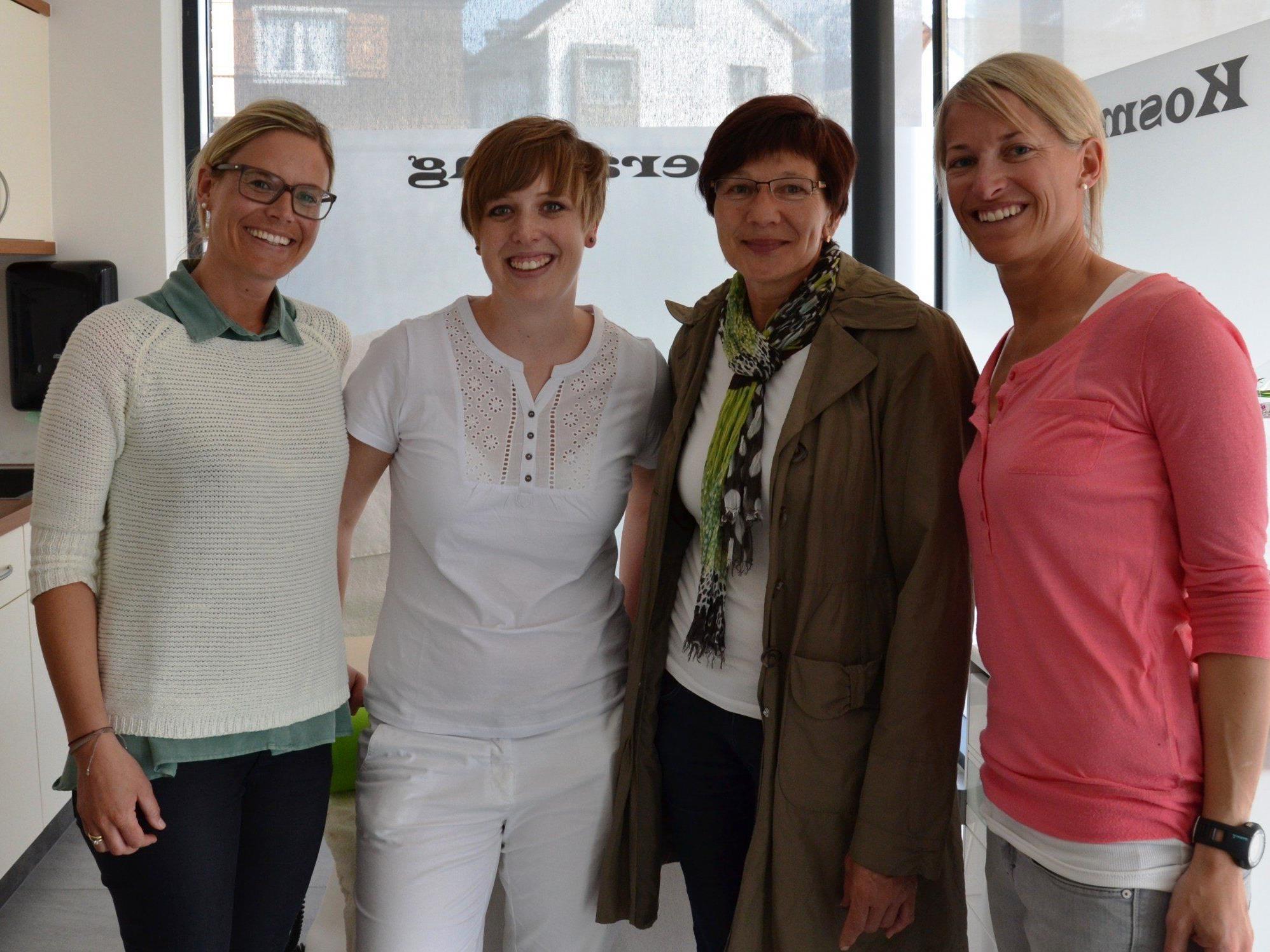 Melanie Fetz (zweite von links) als junge Unternehmerin