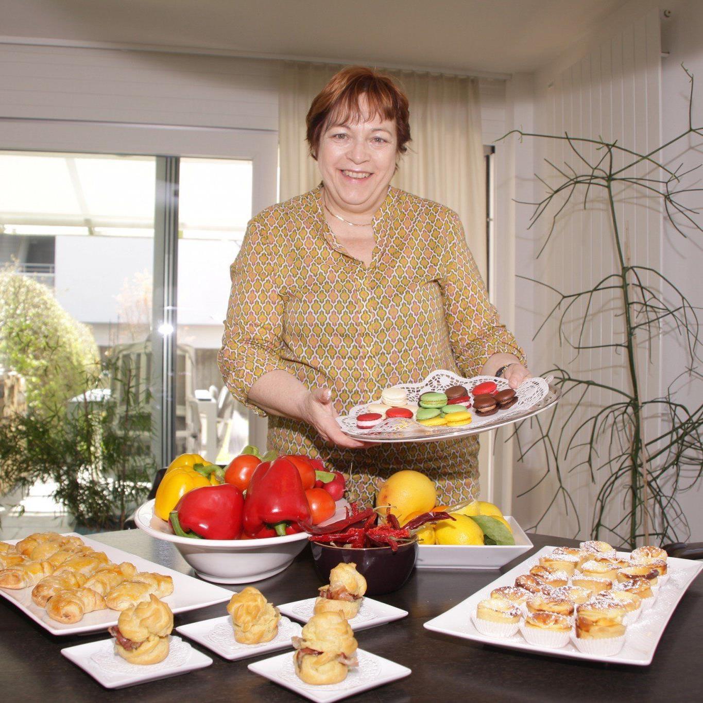 """Wer seine Gäste mit ein paar billigen Wurstbrötchen """"abspeisen"""" will, ist bei """"Petit-Barbara"""" an der falschen Adresse."""