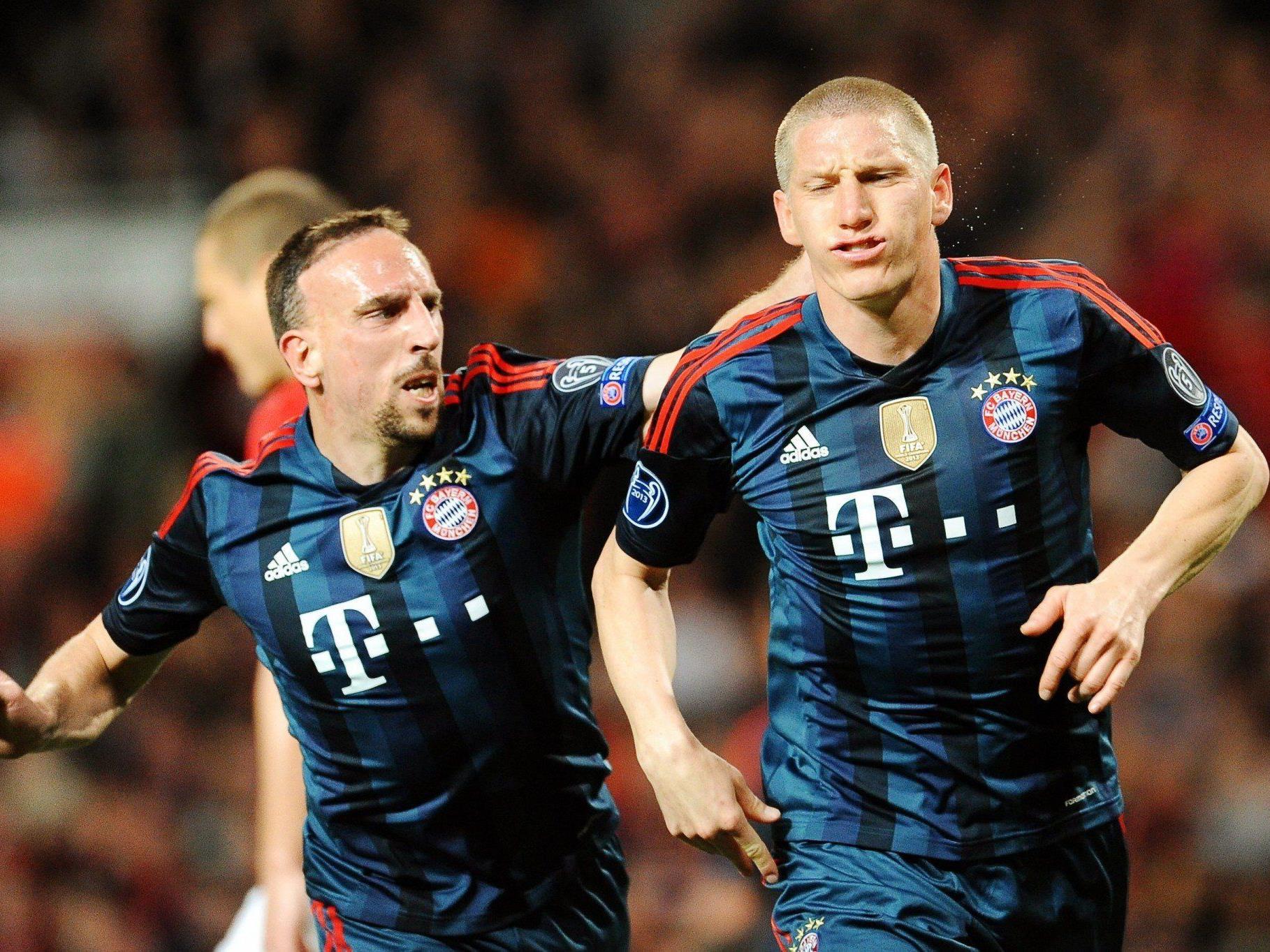 Ribery und Schweinsteiger jubeln über den Treffer zum 1:1.