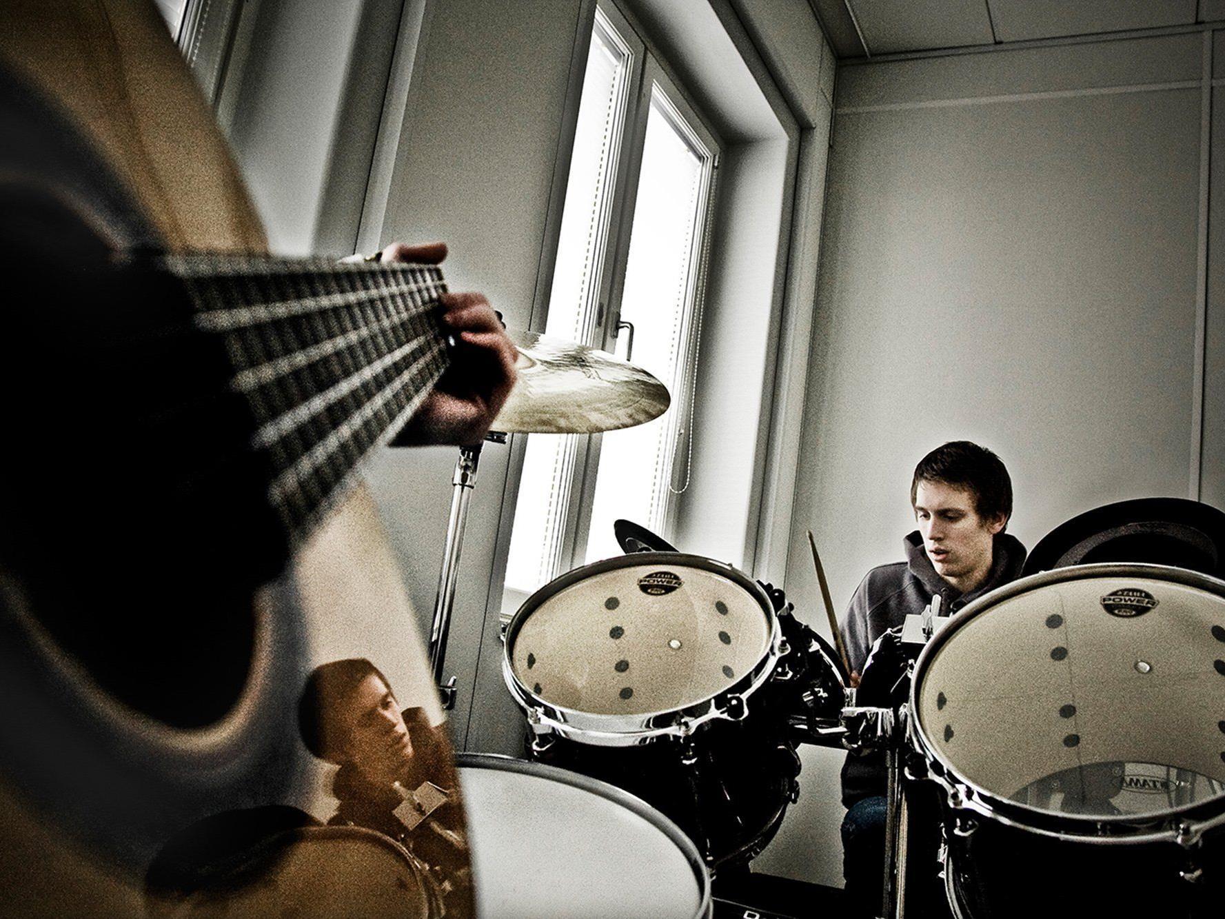 Improvisation hautnah erleben mit v:tunes am 10. Mai in der Villa K.