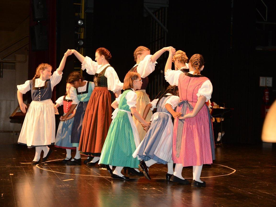 Großen Wert legt die Lustenauer Trachtengruppe auf den Tanz-Nachwuchs.