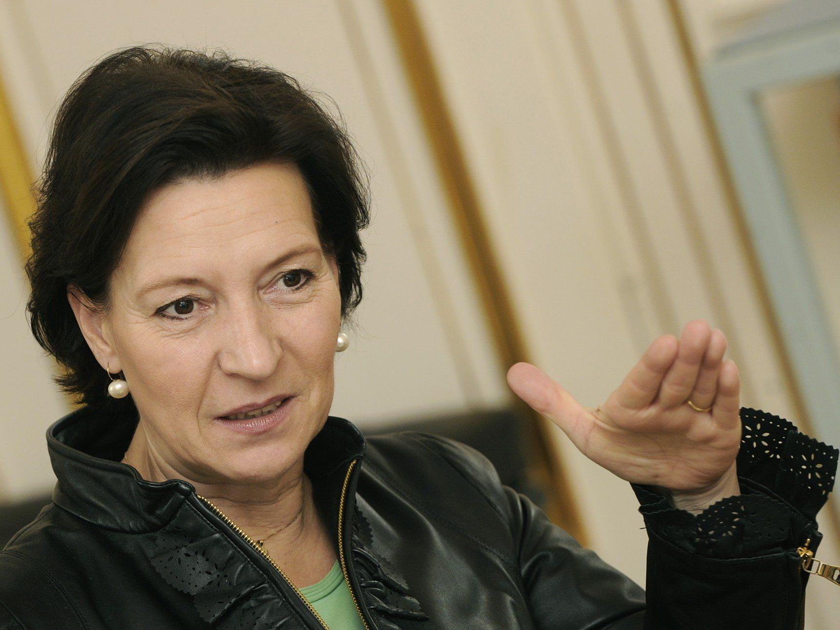 SPÖ-Bildungsministerin Gabriele Heinisch-Hosek will nun den Ausbau der Ganztagsschule einbremsen.