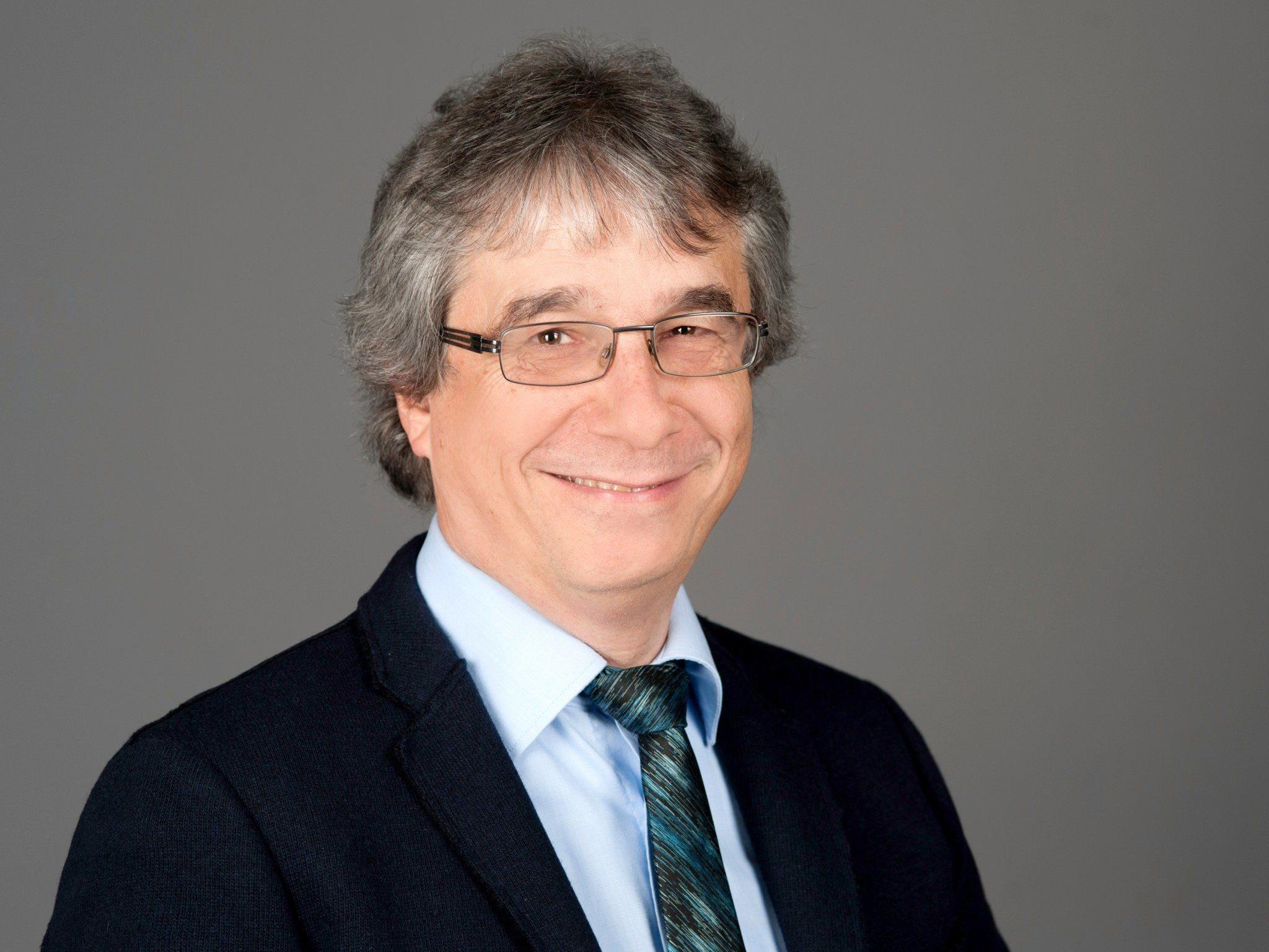 Dr. Klaus Hoffmann aus Gelsenkirchen/D ist ein erfahrener Europäer, evang. Christ und spricht in Bregenz.