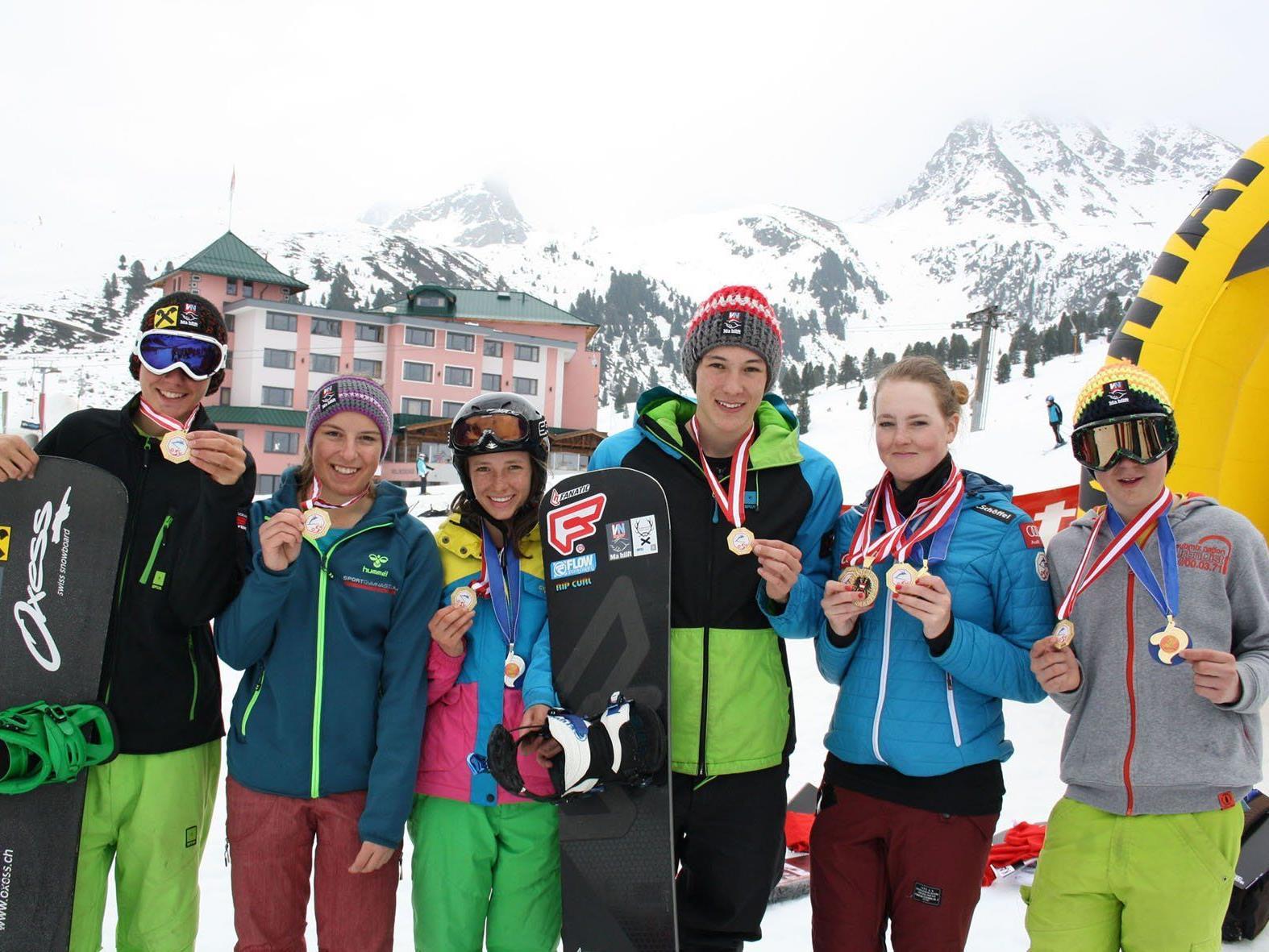 Vorarlbergs Snowboarder waren in Kühtai eine Klasse für sich und räumten ab.