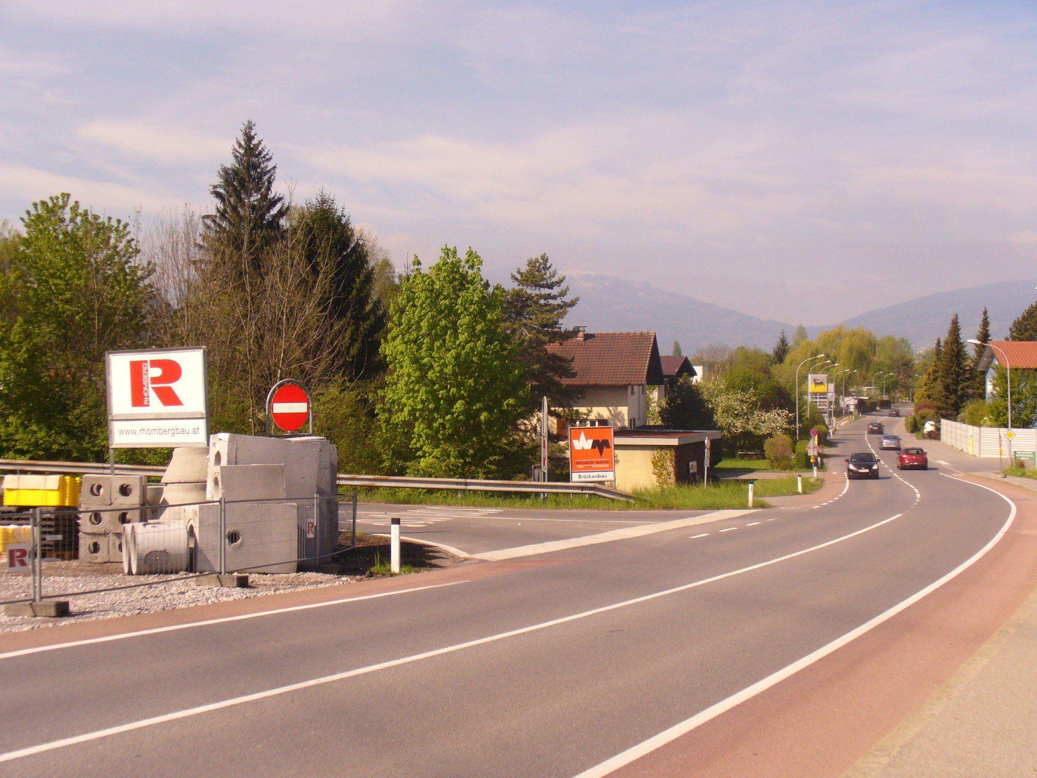 Die Autobahnausfahrt Altach wird mit einer Signalanlage entschärft