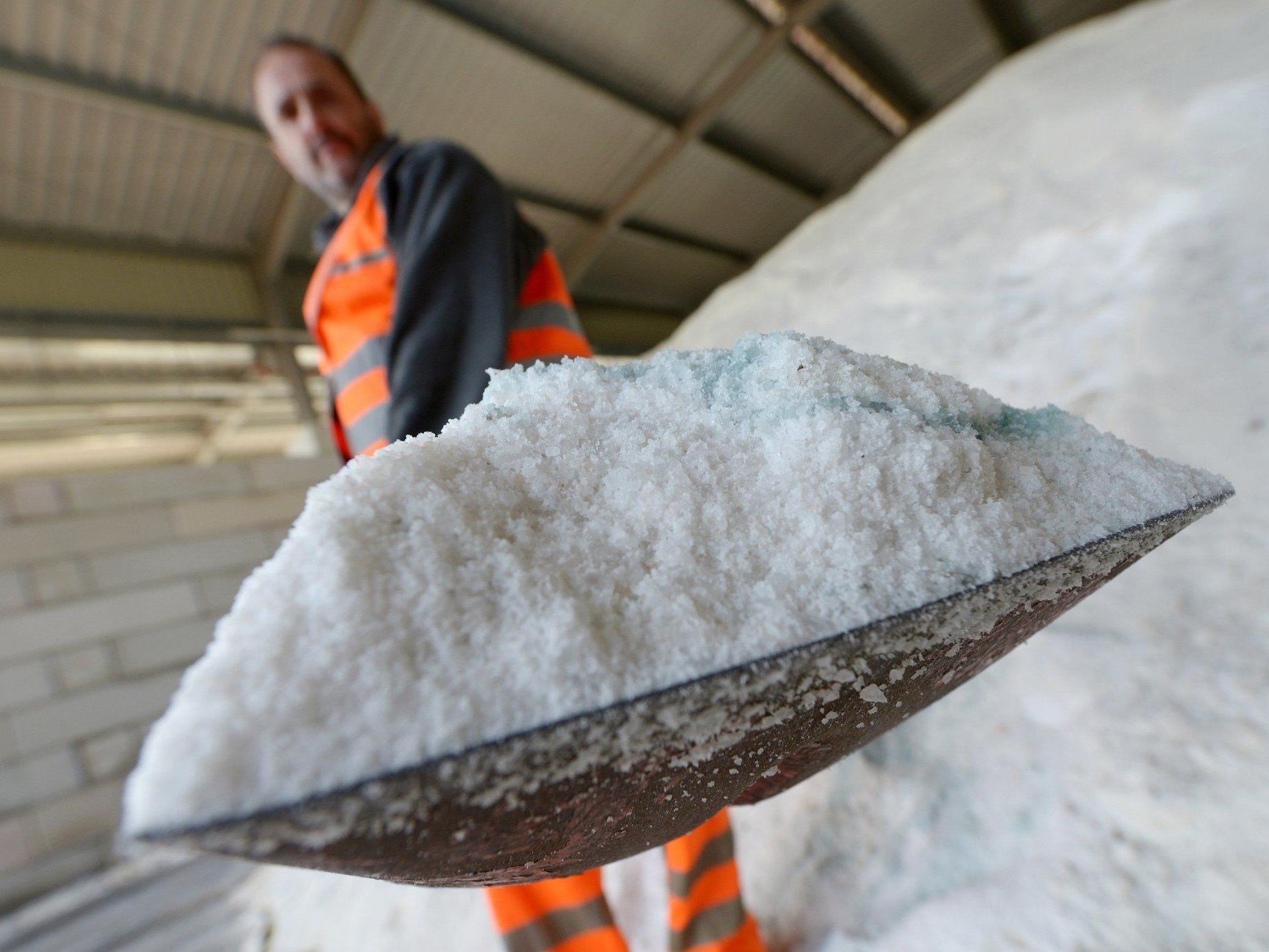 Milder Winter: Vorarlberg erspart sich tausende Tonnen Streusalz und Kosten für Schneeräumung