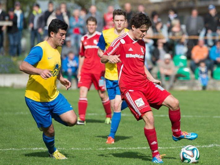 Thüringen gewann dank Aaron Witwer das Sechspunktespiel gegen Schruns mit 2:1.