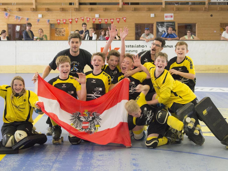 RHC Dornbirn U-15-Mannschaft sind Schweizer Meister.
