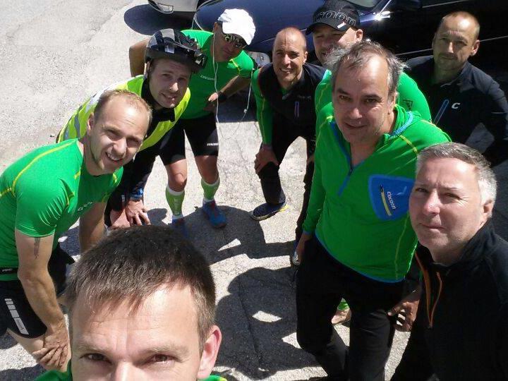 Neun Mitarbeiter von Bösch laufen quer durch Österreich.