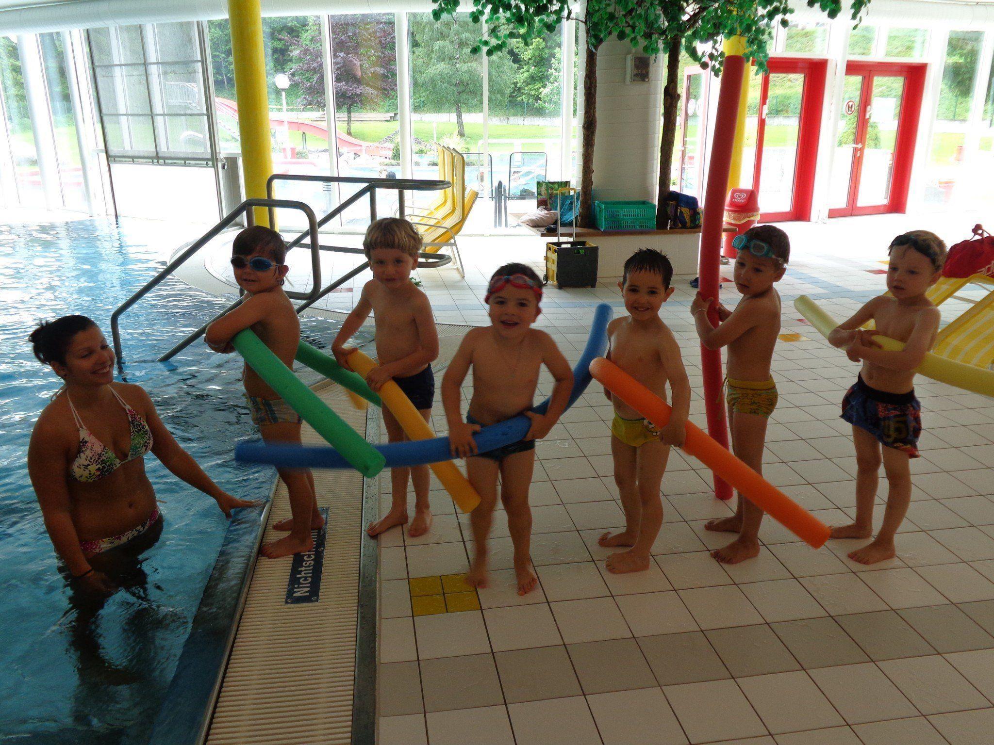 Die Kinder des Kneipp-Kindergartens fühlen sich im Element Wasser sichtlich wohl.