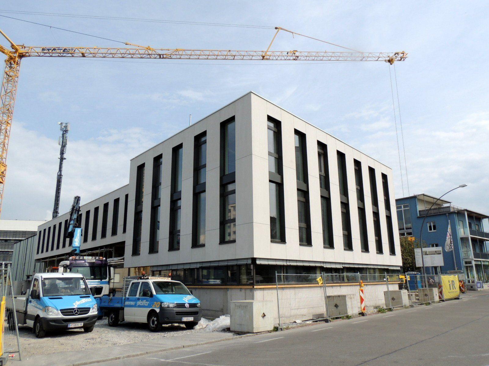 Moderne  Architektur für Gemeinschaftshaus