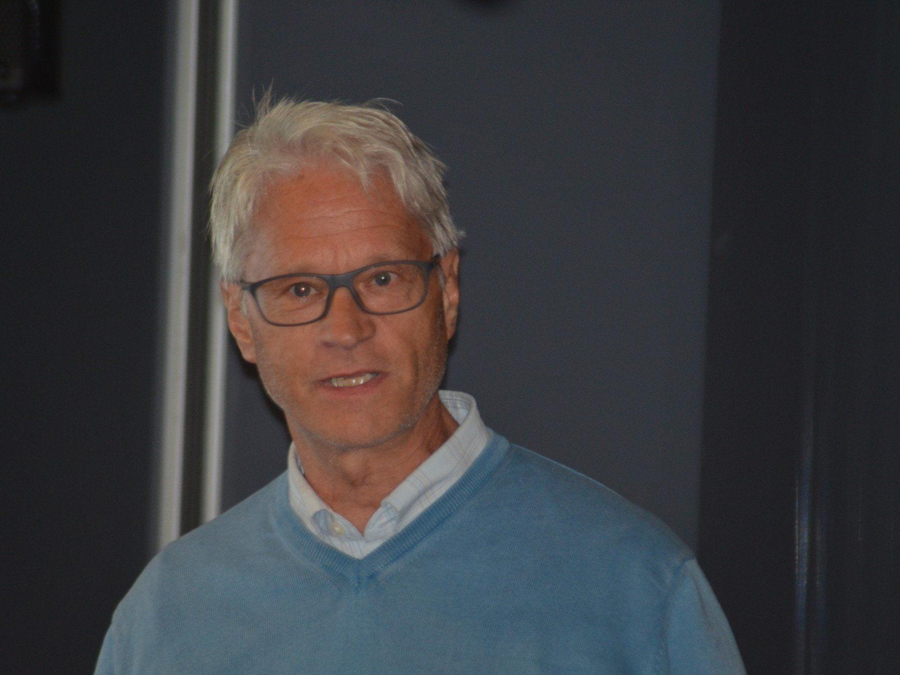 Energiefachmann Wilhelm Schlader vom Energieinstitut informierte die zahlreichen Besucher.