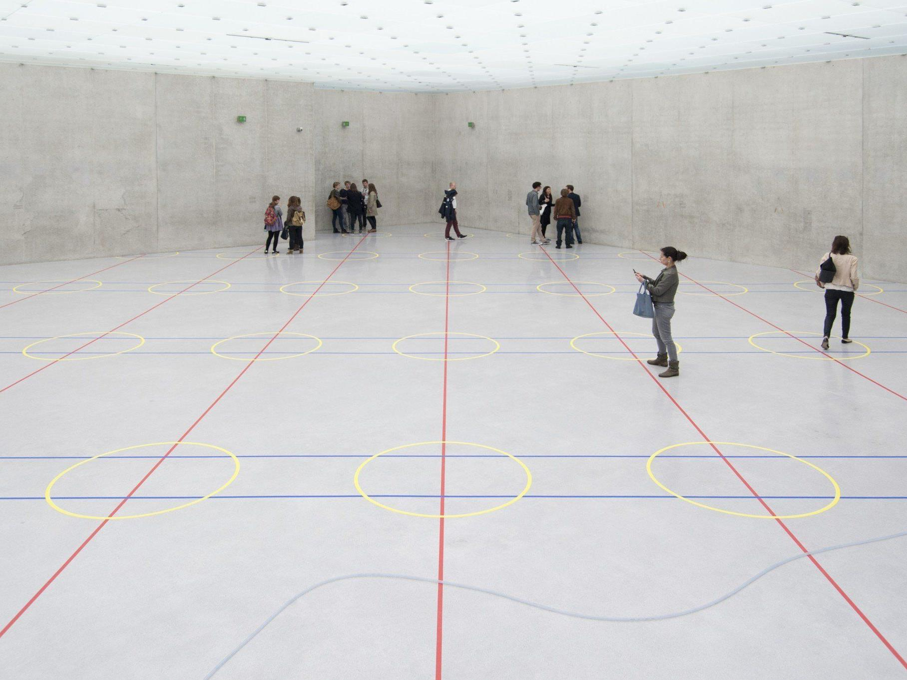"""""""audiagramm"""" - Ausstellungsansicht im dritten Obergeschoss."""
