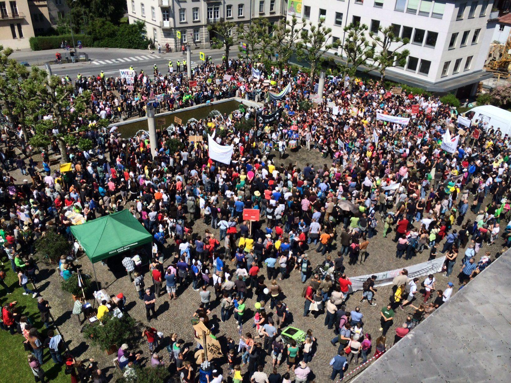 Hunderte beteiligten sich am Marsch.