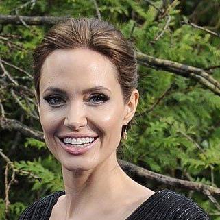 Angelina Jolie soll angeblich schwanger sein.