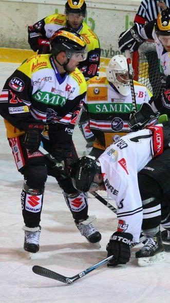 Drei weitere Cracks haben ihren Vertrag um eine Saison bei der VEU Feldkirch verlängert.