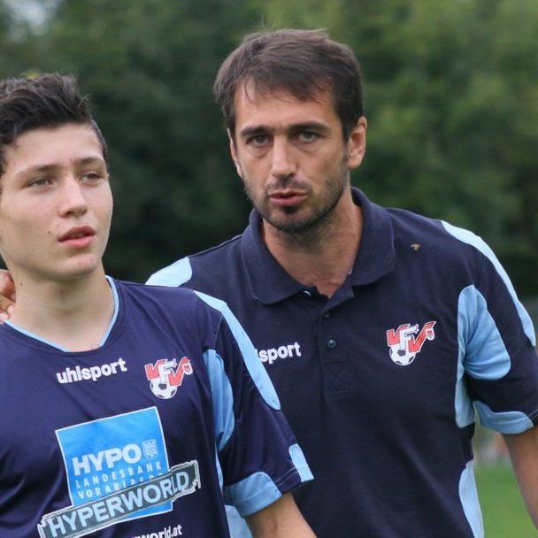 Der Bludenzer Dietmar Berchtold hat die Trainer A-Lizenz Ausbildung mit gutem Erfolg abgeschlossen.