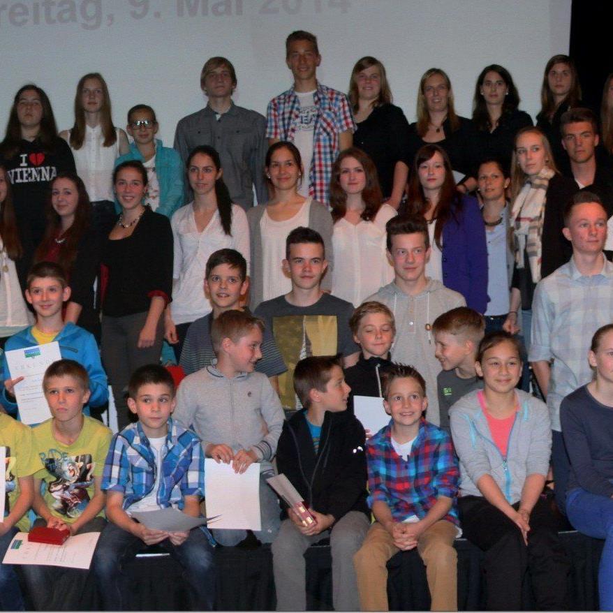 74 Athleten wurden bei der 19. Rankweiler Sportlerehrung im Vinomnasaal geehrt.