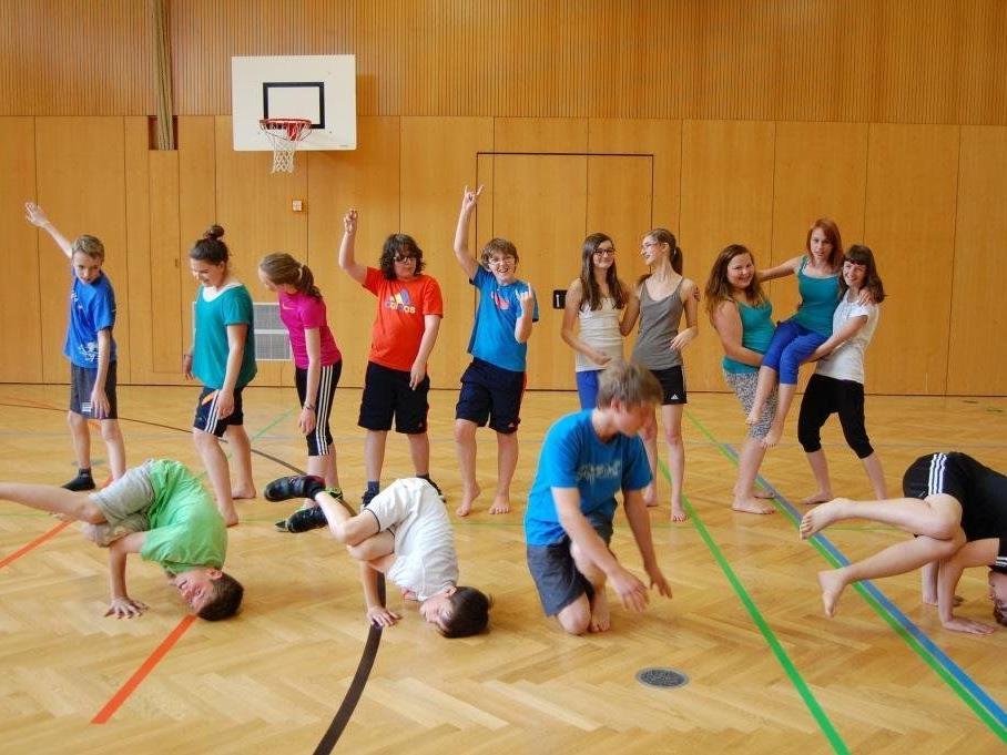 Das Tanzen machte den Schülern sichtlich Spaß.