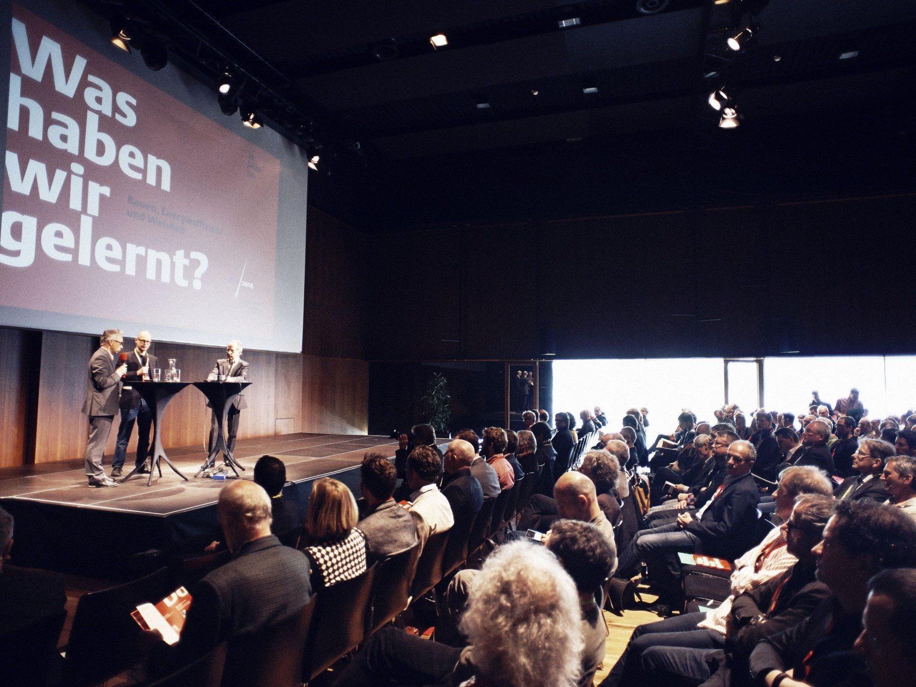 Zum 20-Jahr-Jubiläum des größten Vorarlberger Kongresses für nachhaltiges Bauen zogen Experten auf der Tri Bilanz.