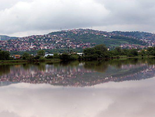 Mindestens 16 Todesopfer in Bosnien