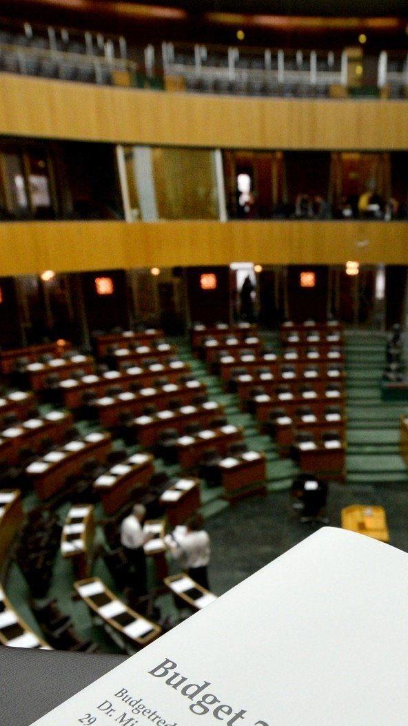 Nationalrat: Budgetbegleitgesetz als Aufgalopp für Budgetdebatte