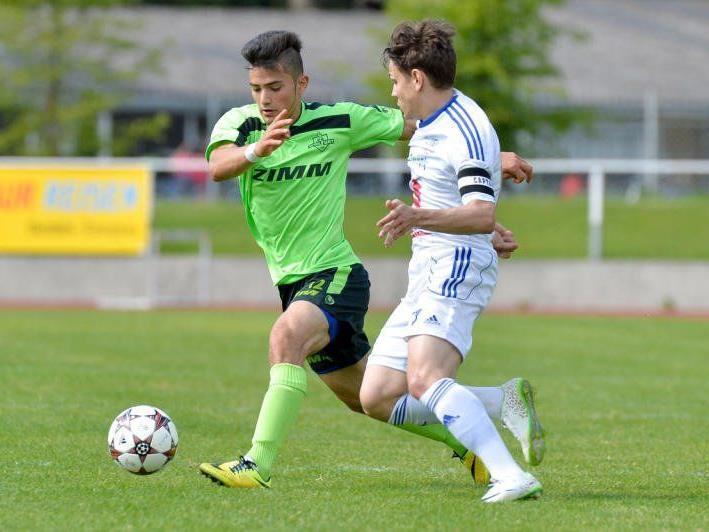 Wolfurt gewinnt in Feldkirch mit 4:0 und bleibt Zweiter in der Vorarlbergliga.