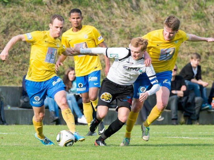 Vier Partien werden in der Landesliga am Samstag ausgetragen, darunter das Kellerduell in Götzis.