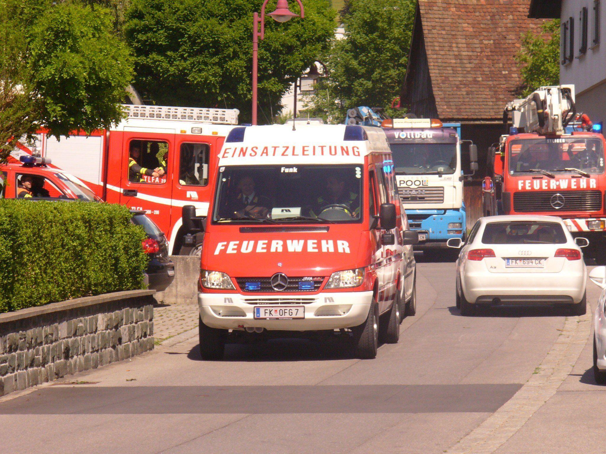 Die letzte Ausfahrt aus der Gartenstraße ging direkt ins neue Feuerwehrhaus im Moos