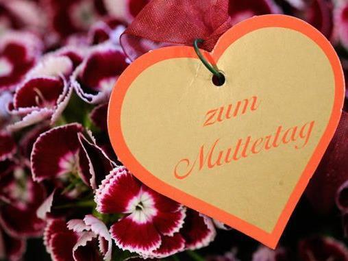 Warum feiern wir jedes Jahr den Muttertag?