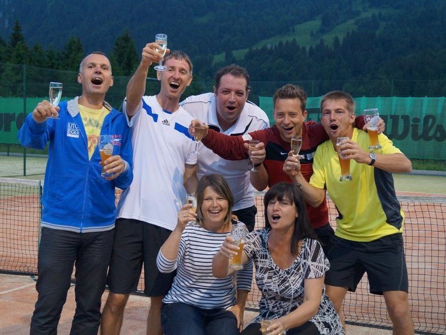Das siegreiche Egger Tennisteam.