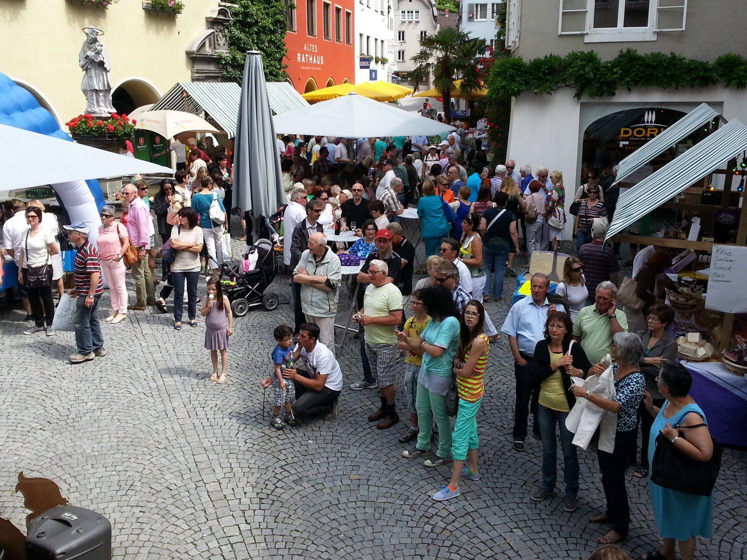 (Mercato di Borgo) Borgo zu Gast in Bludenz.