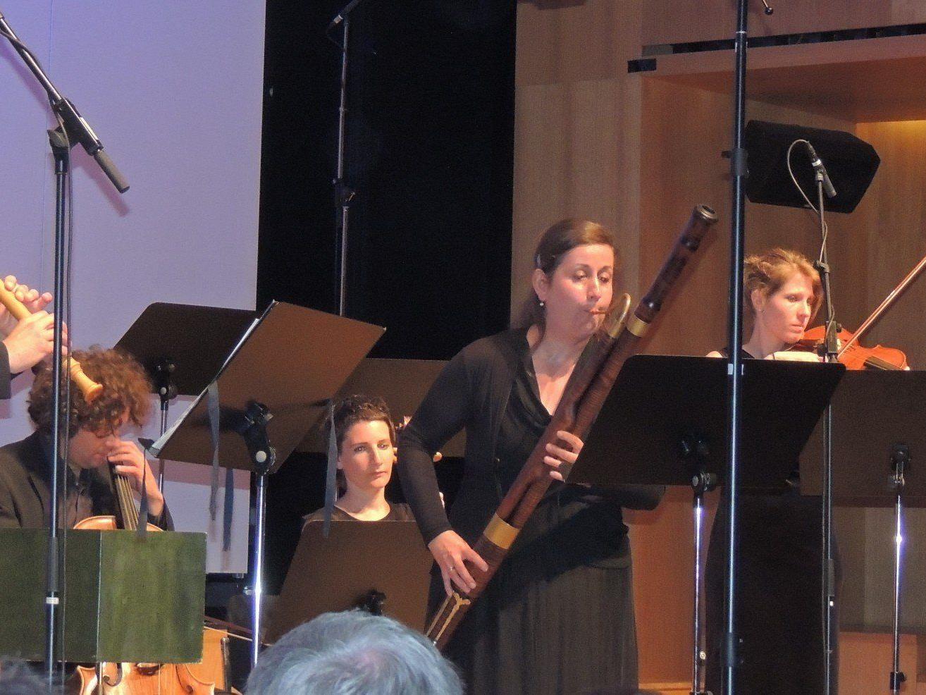 Konzert für Telemann AMBACH (v. links Wolfram Schurig, Barbara Meditz, ganz rechts Lucas Schurig-Breuß, Viola).