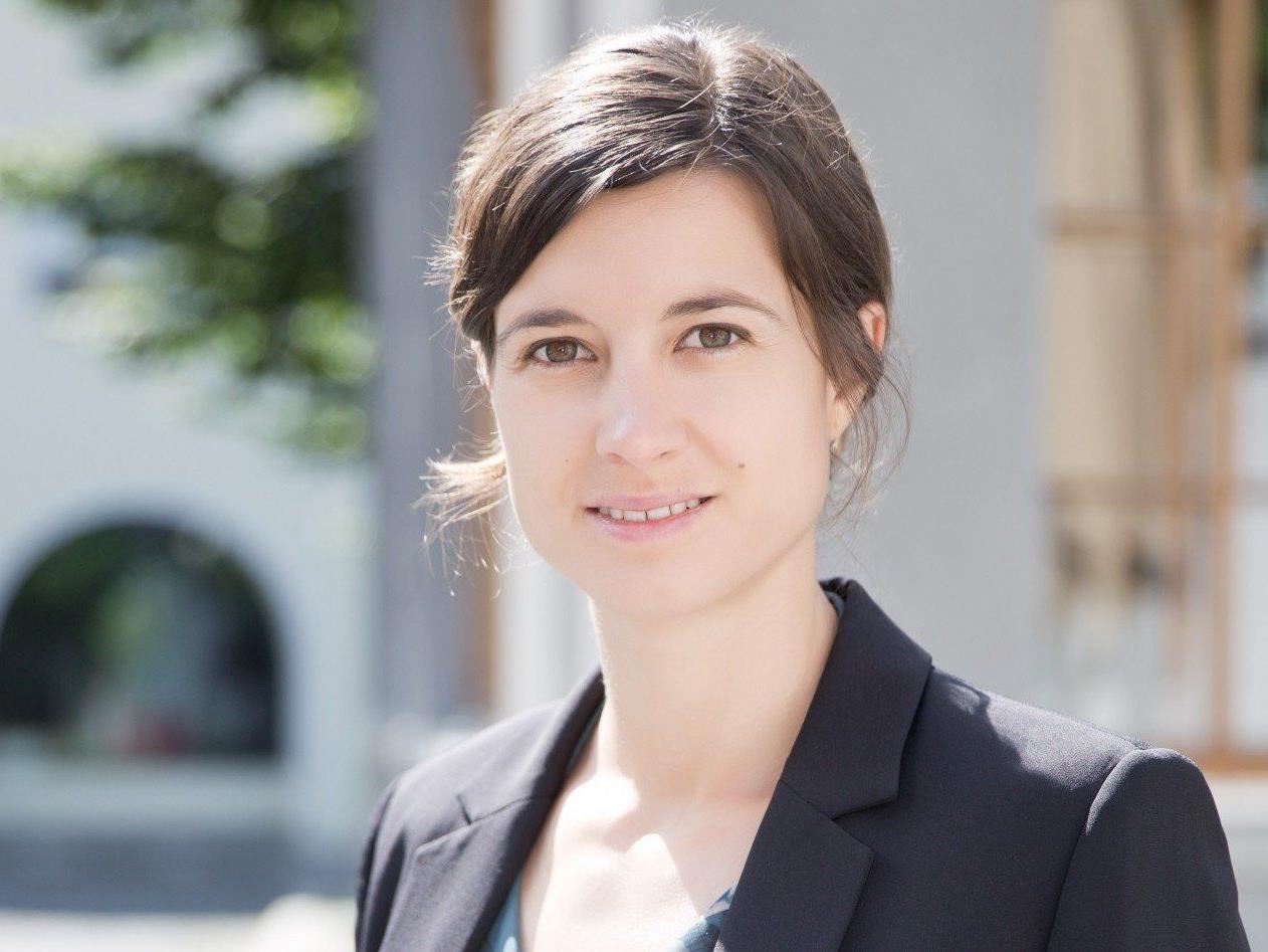MMag. Ulrike Dirnbauer übernimmt am 1. August 2014 die Geschäftsführung der Bludenz Stadtmarketing GmbH von Klaus Allgäuer.