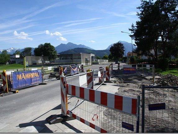 Die Vorderlandstraße ist bis August wegen Straßenbauarbeiten gesperrt.