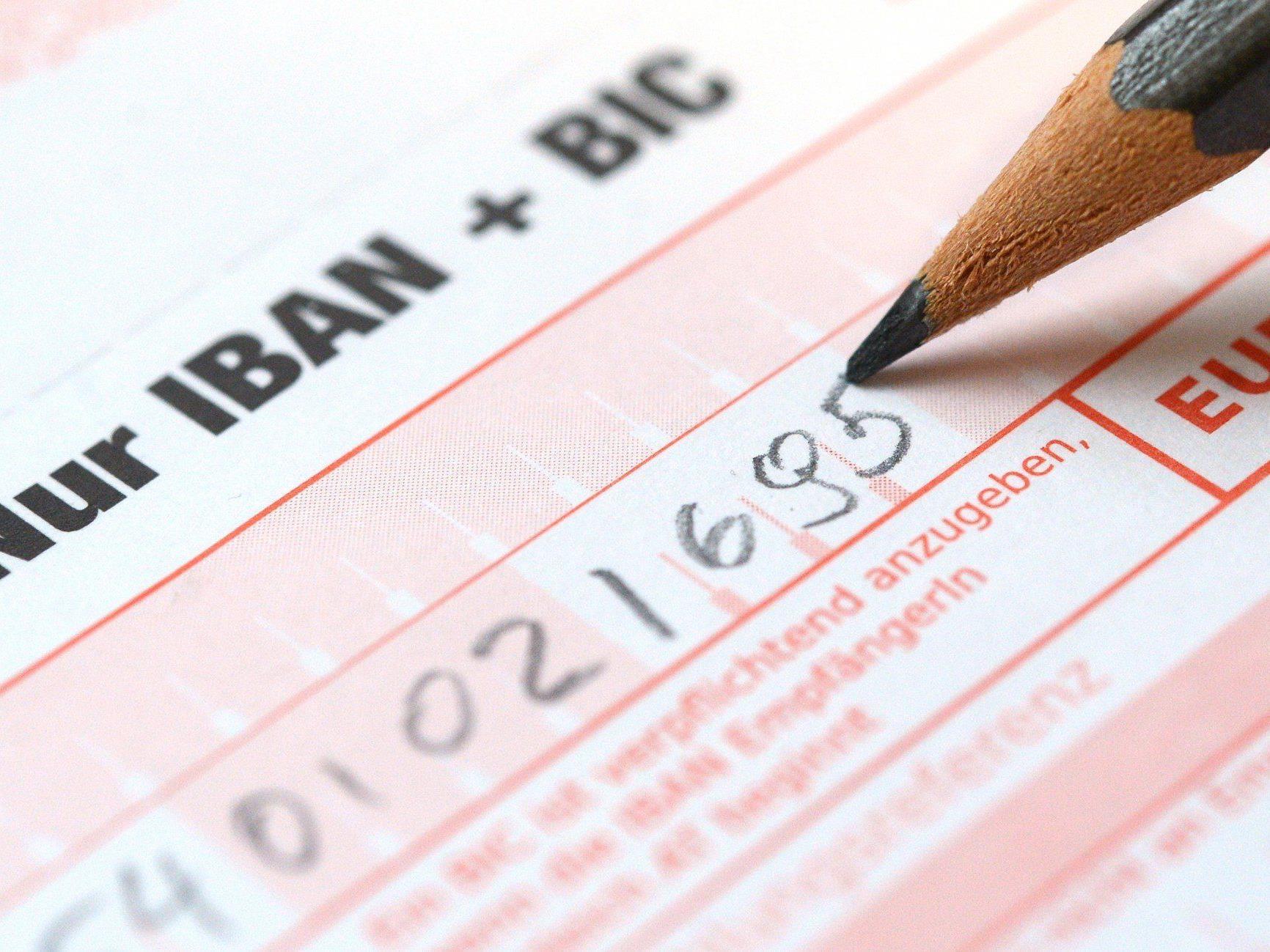 Neue Regeln ab 1. August für Unternehmen - für Verbraucher ab 2016 verpflichtend.
