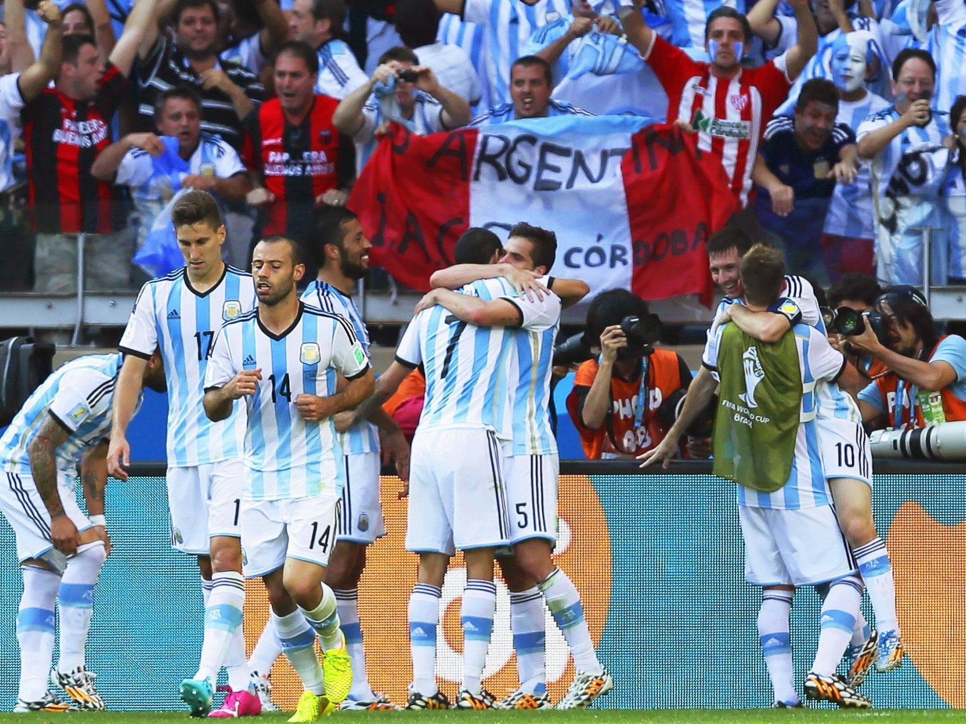 Nur dank eine geniestreichs von Lionel Messi gewintn Agrentinien sein zweites Gruppenspiel bei der WM gegen den Iran.