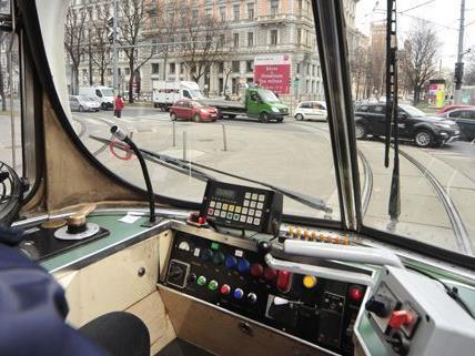 Attacke auf Straßenbahnfahrer - Verdächtiger nicht einvernahmefähig