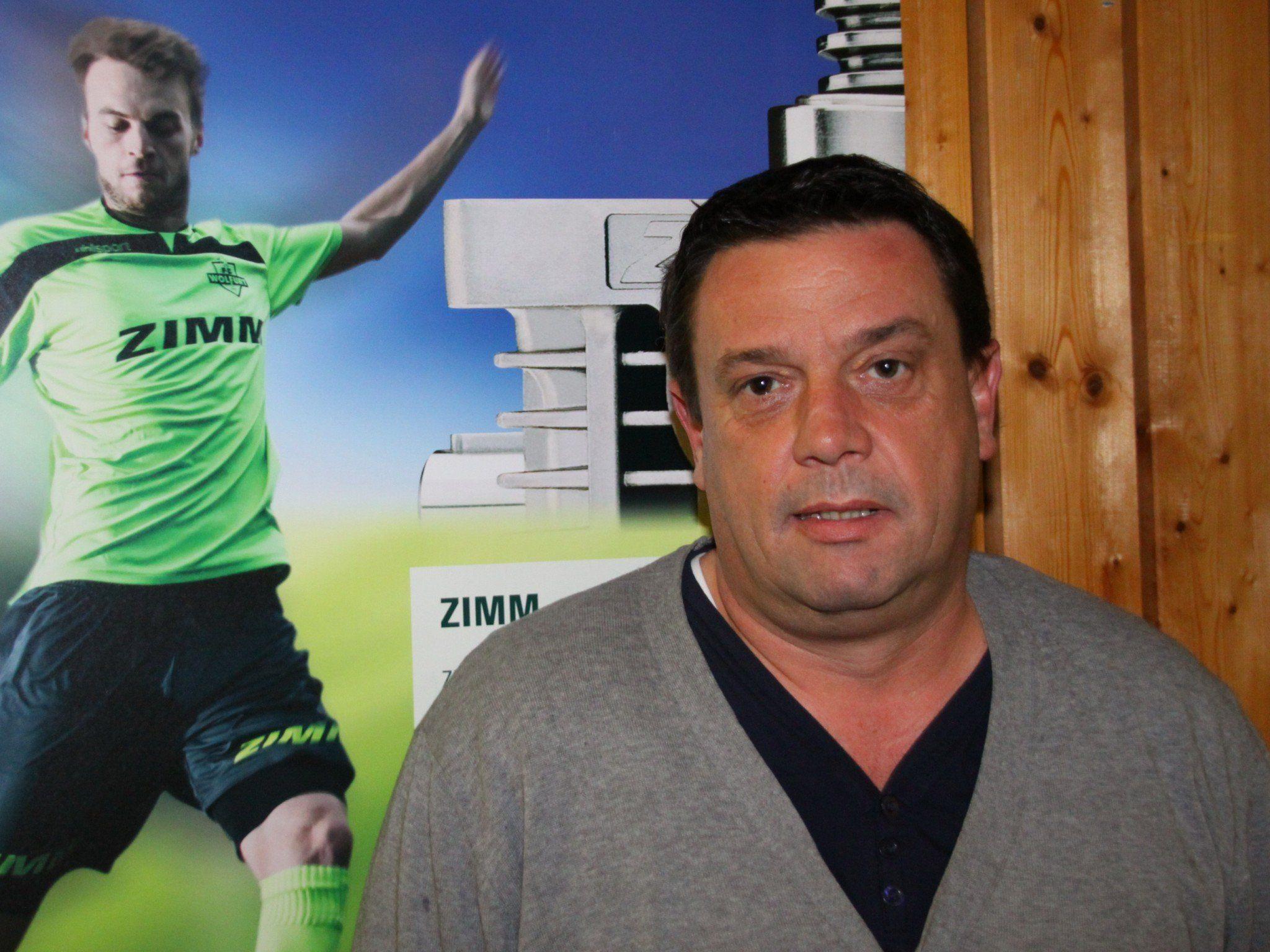 """FC Wolfurt Obmann und Sportchef Alexander """"Büffel"""" Bernhard hat seit Jahren sehr viele Eigenbauspieler im Eins."""
