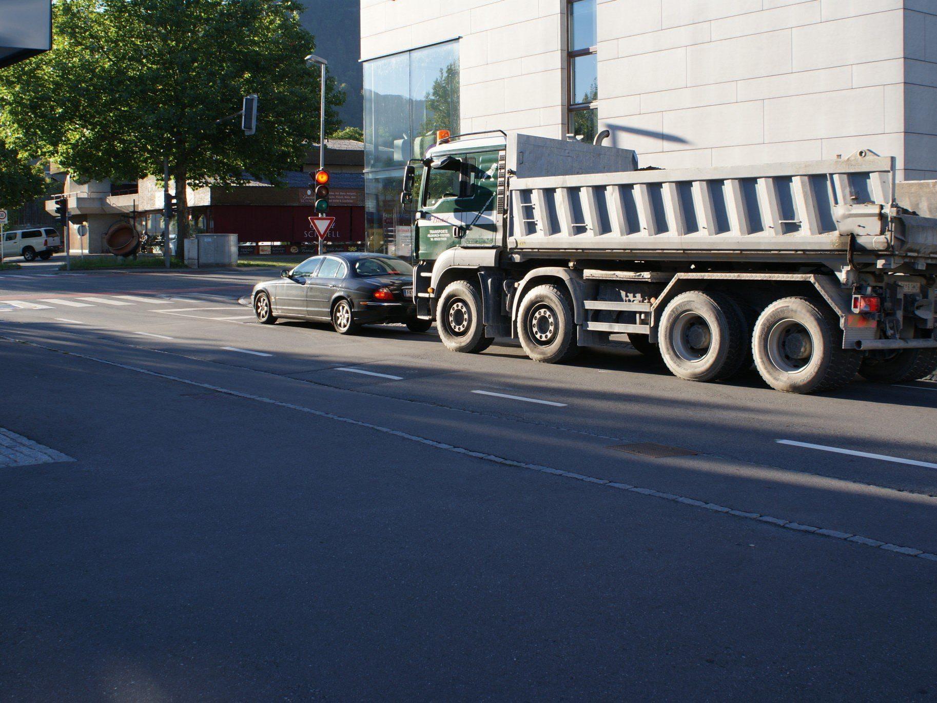 Die kurze Grünphase in der Einmündung der Kaiserstraße in die Bruderhofstraße, wurde im Bürgerforum kritisiert.