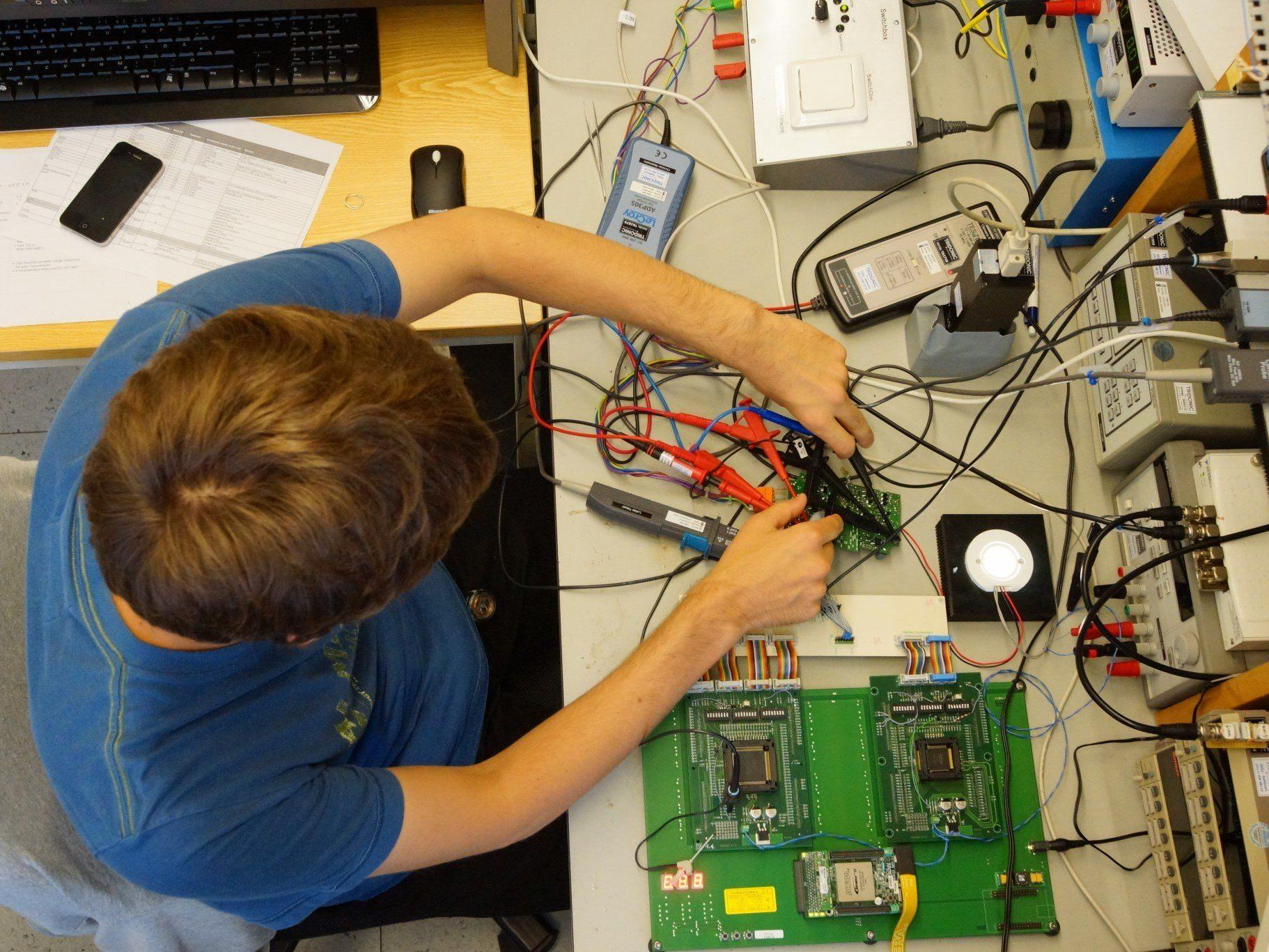 Tridonic connection technology Innsbruck wird eigenständiges Unternehmen.